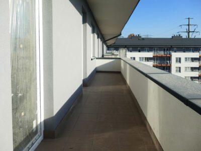 Balkon w krakowskim Mieszkaniu Plus
